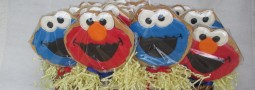 Elmo and Cookie Monster cookie pops basket