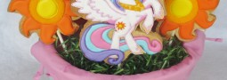 """My little Pony: Princess Celestia and her """"cutie mark"""" cookie pops"""