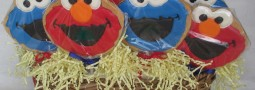Elmo and Cookie Monster – Sesame Street cookie pops