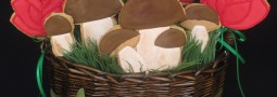 Roses and Mushrooms cookie pops basket