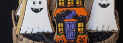Haunted house and ghost cookie pops