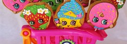 Shopkins cookie pops